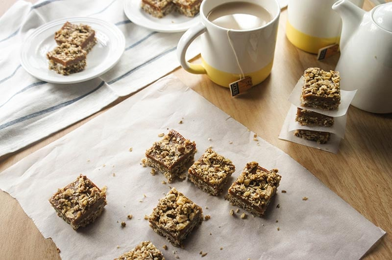 gluten free date bars added sugar