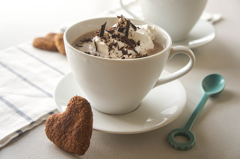 Vegan Hazelnut Hot Cocoa