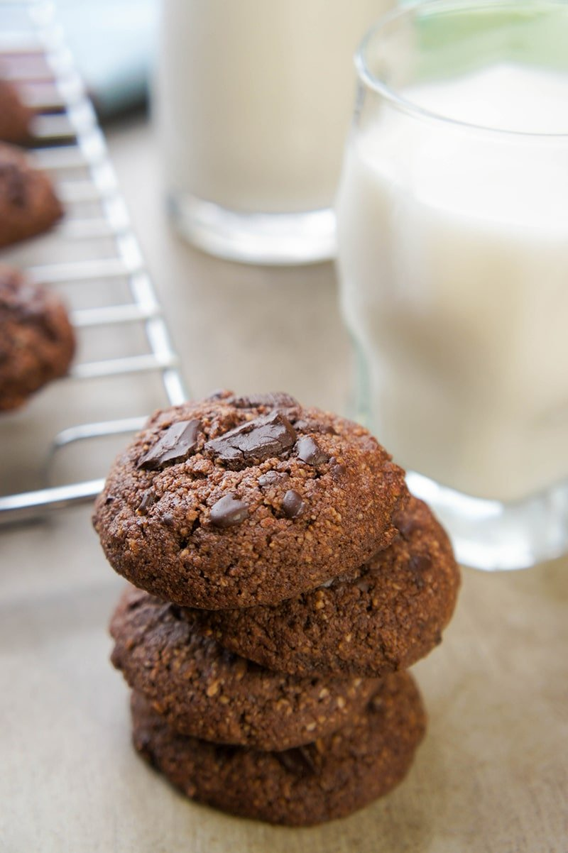 Double Dark Chocolate Chunk Cookies - Gluten Free, No Refined Sugar. A ...