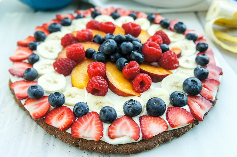 Fruit Pizza with a Gingersnap Crust (Gluten Free)