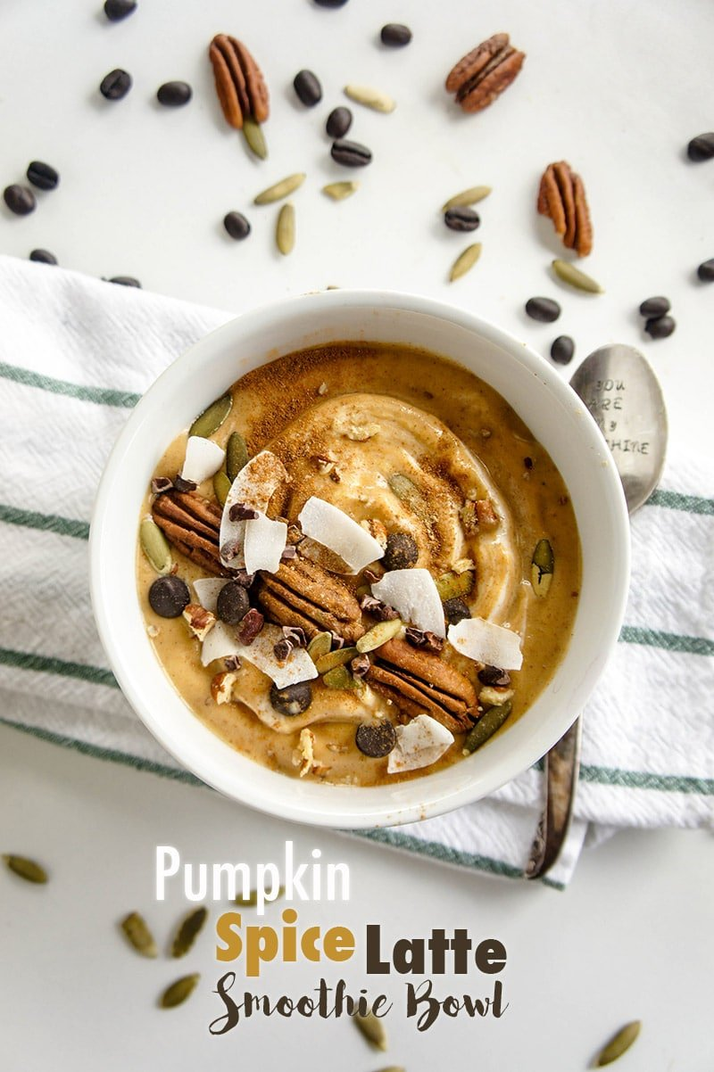 Pumpkin Spice Latte Smoothie Bowl / All the delicious fall spice and creamy goodness, blended into a nutritious breakfast.