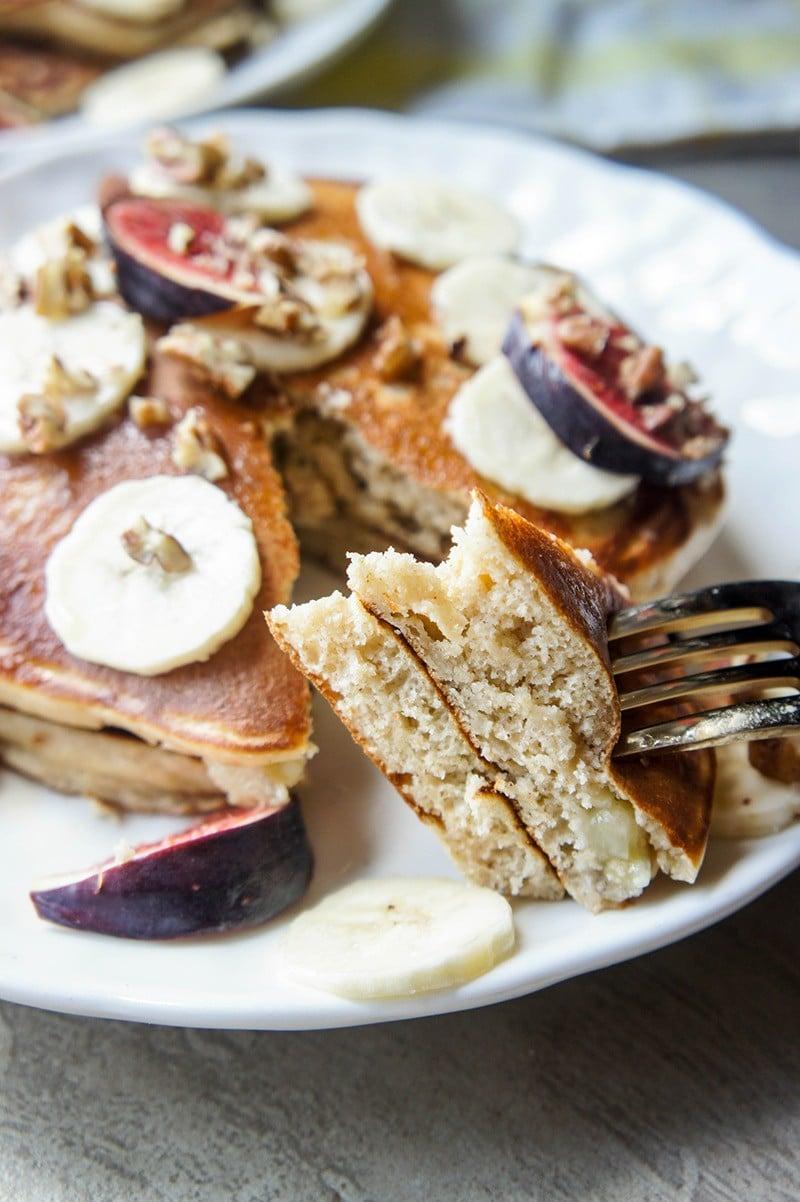 Our Favorite Fluffy Banana Oatmeal Pancakes (Gluten Free)