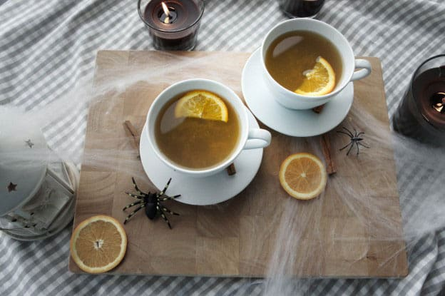Apple Cider / These apple cider is low in sugar by adding vegetable juice, and is a great fall treat.