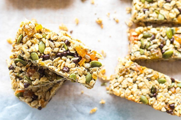 Homemade Granola Bars + MY FIRST RECIPE VIDEO!