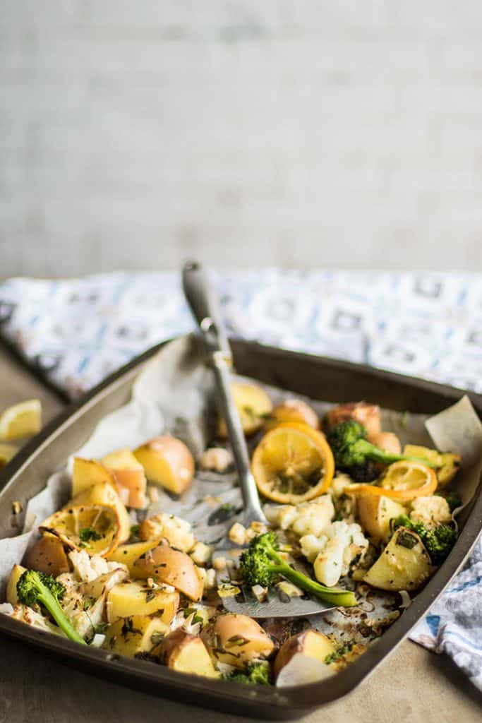 Roasted Vegetables / This spring inspired mix of veggies makes the perfect healthy side dish. Paleo, vegan, gluten free