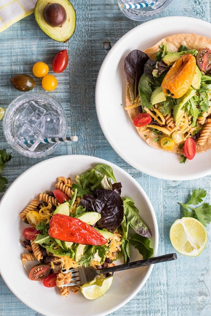 Twisted Taco Salad / This summery taco salad gets a fun twist from high protein, gluten free Chickapea pasta.