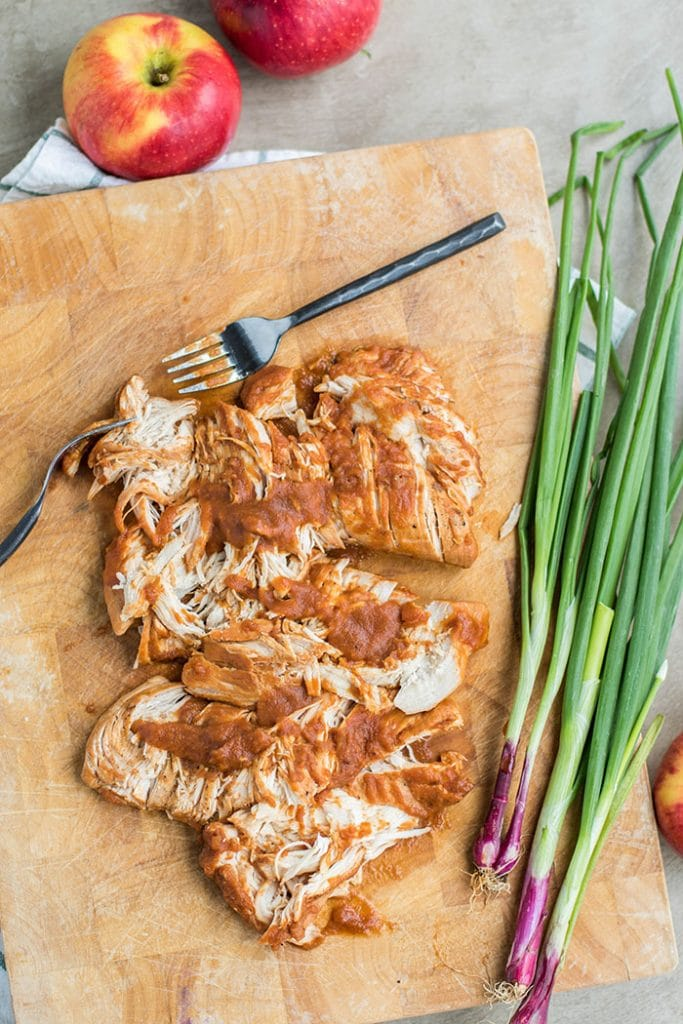 Apple BBQ Chicken Sandwich / This delicious sandwich is made with a low sugar apple BBQ sauce, and topped with a tangy apple slaw.