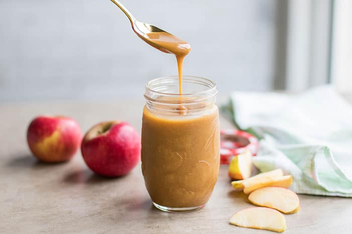 Vegan Salted Caramel Sauce / This dairy free and refined sugar free caramel sauce takes about 5 minutes to make!