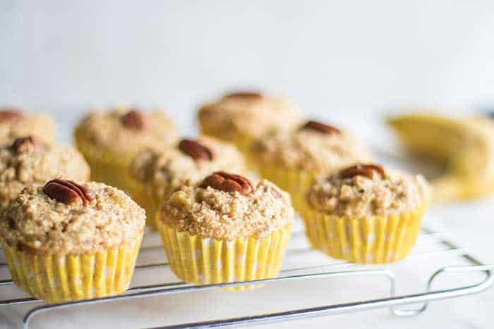 Healthy Banana Muffins / These healthy banana muffins are mostly fruit sweetened, made with oat bran for extra protein and fiber.
