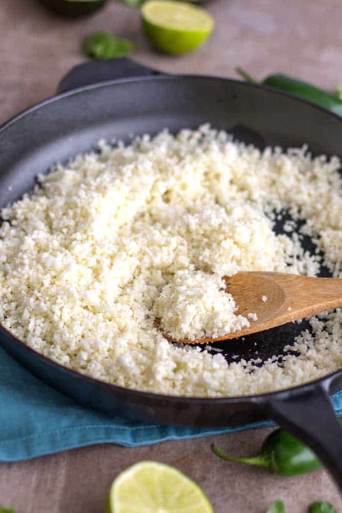 This show the correct texture for making good cauliflower rice.