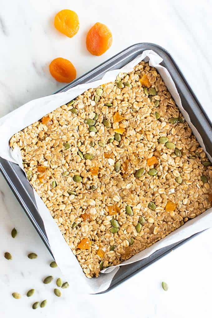 A pan of apricot coconut granola bars.