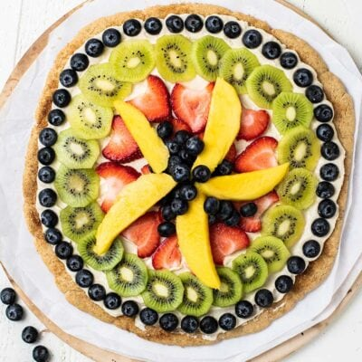 Fruit Pizza on a Cookie Crust